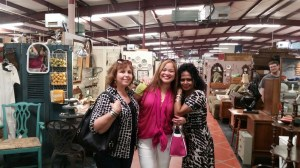 Shopping after lunch at the Spring Antique Gallery!